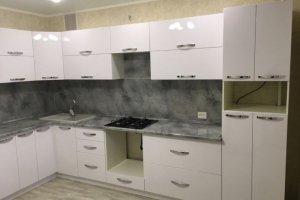 Угловая белая кухня - Мебельная фабрика «Темп»