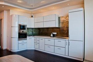Угловая  белая кухня - Мебельная фабрика «ARDMebel»