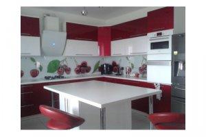 Угловая большая кухня - Мебельная фабрика «Удобна»
