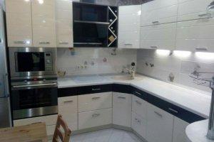 Угловая глянцевая кухня - Мебельная фабрика «Мебель +5»