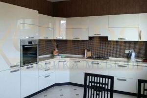 Угловая глянцевая кухня - Мебельная фабрика «Кредо»