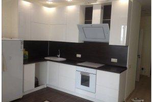Угловая глянцевая кухня МДФ - Мебельная фабрика «Арт-Тек мебель»