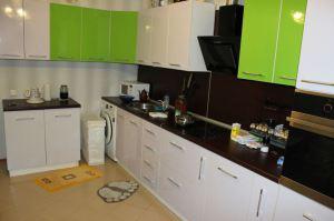 Угловая кухня белый/зеленый - Мебельная фабрика «ARDMebel»