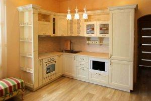 Угловая кухня из массива дерева - Мебельная фабрика «Дельфин»