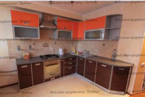 Угловая кухня из пластика - Мебельная фабрика «Древека»