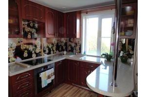 Угловая кухня с барной стойкой - Мебельная фабрика «ЛВМ (Лучший Выбор Мебели)»