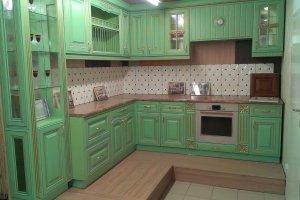 Угловая кухня с патиной - Мебельная фабрика «Агата»