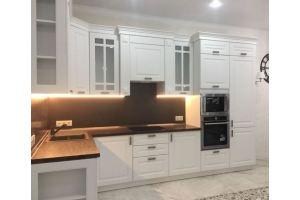 Угловая кухня с подсветкой Эмаль - Мебельная фабрика «Гранд Мебель»