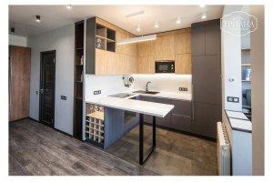 Угловая кухня с полуостровом - Мебельная фабрика «Триана»