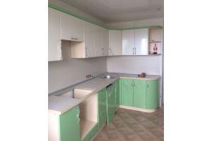 Угловая кухня светло-зеленая - Мебельная фабрика «Valery»