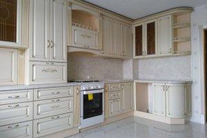 Угловая кухня в классическом стиле - Мебельная фабрика «Эльф»