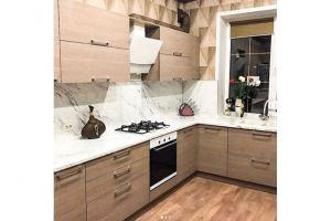 Угловая кухня в светлых тонах - Мебельная фабрика «МиАн»