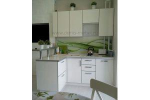 Угловая маленькая кухня - Мебельная фабрика «Дэрия»