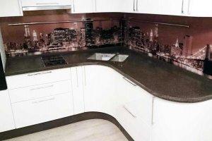 Угловая столешница на кухню из камня Corian Deep Bedrock - Оптовый поставщик комплектующих «Афиан»