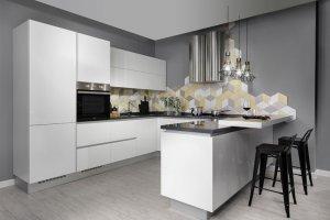 Угловая светлая кухня - Мебельная фабрика «Артис»
