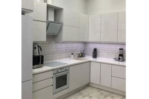Угловая светлая кухня - Мебельная фабрика «Киржачская мебельная фабрика»