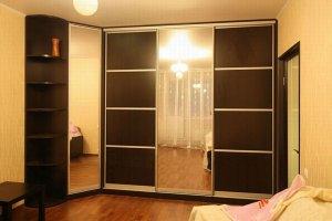 Угловой Шкаф-купе в гостиную - Мебельная фабрика «Найди»