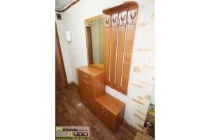 Вешалка для вещей с комодом и зеркалом - Мебельная фабрика «ДИВО»