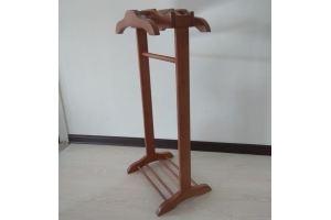 Вешалка напольная из массива ольхи - Мебельная фабрика «YOLKIPOLKI»