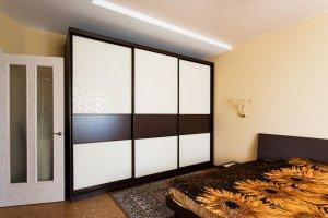 Вместительный шкаф-купе в спальню - Мебельная фабрика «Найди»