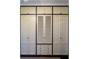 Встроенный шкаф для спальной комнаты из МДФ⠀ - Мебельная фабрика «Суздальская»