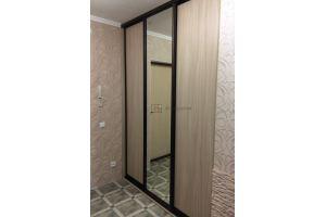 Встроенный шкаф-купе в коридор - Мебельная фабрика «Алгоритм»
