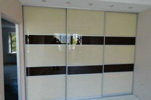 Встроенный шкаф-купе фасады стекло  - Мебельная фабрика «Ваша мебель»