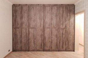 Встроенный шкаф с распашными дверями - Мебельная фабрика «Красивый Дом»