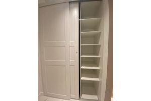 Встроенный шкаф с дверями МДФ в эмали - Мебельная фабрика «КухниСтрой+»