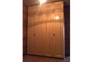 Высокий шкаф в прихожую - Мебельная фабрика «Винтаж»