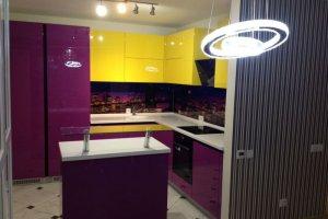 Яркая угловая кухня - Мебельная фабрика «Арт Мебель»
