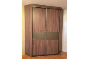 Закрытый шкаф-купе угловой  - Мебельная фабрика «Алгоритм»