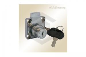Замок мебельный 138 под один ключ - Оптовый поставщик комплектующих «АэЛь Компани»