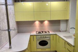Желтая п-образная кухня - Мебельная фабрика «Династия»