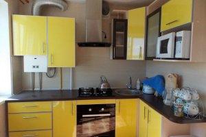 Желтая угловая кухня - Мебельная фабрика «Мебель +5»
